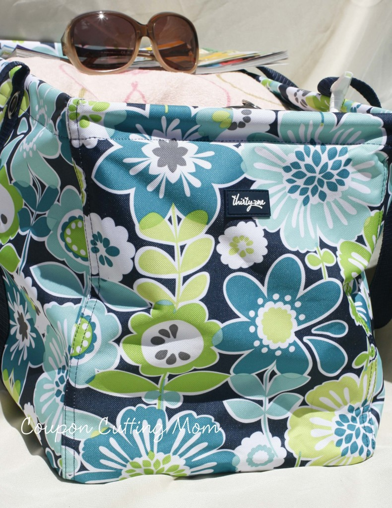 Thirty One Large Utility Tote Review + Special Where You Can Get Your Own Tote For Only $10