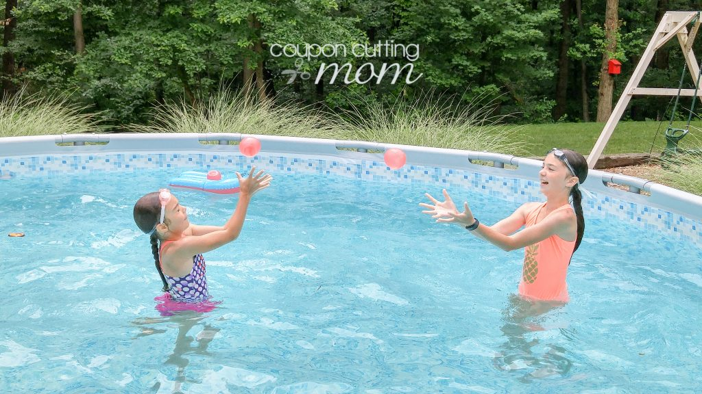 Summertime Fun With Water Wubble Water Balloon Balls + Giveaway