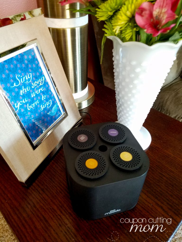 Moodo - The Smartest Aroma Diffuser Allows You To Customize Scents According To Your Mood